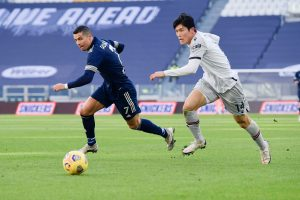 See why Arsenal fans love what Takehiro did to CR7